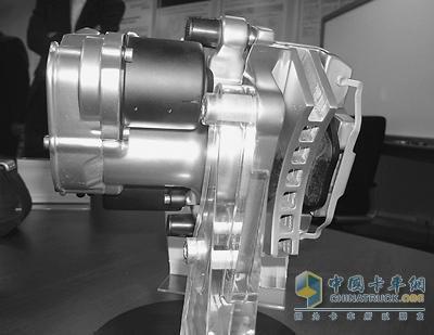 1990年代末期,中国汽车制动器行业以生产鼓式制动器为主;2000年代图片