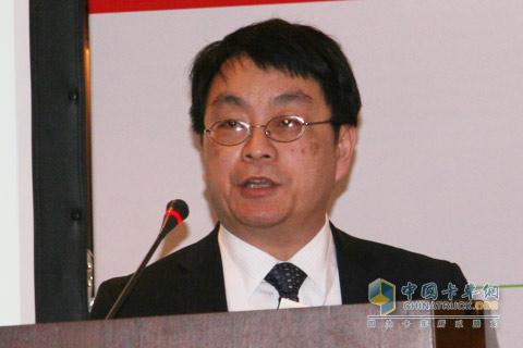 潍柴动力研发中心副主任 张展腾 博士
