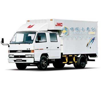 江铃轻卡 双排长轴厢货 载货车