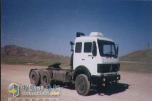 北奔 ND4251B32J 280马力 6×4  牵引车