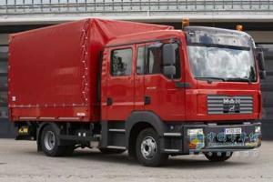 曼 TGL 240马力 4×2 载货车