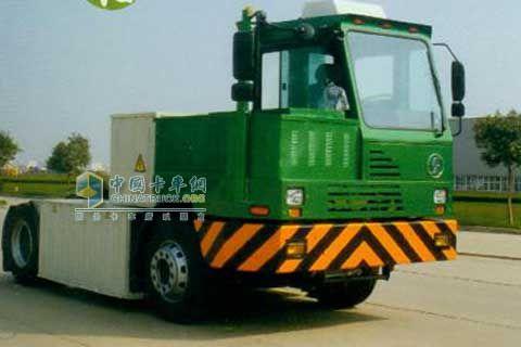 陕汽 4X2 偏置电动 码头牵引车