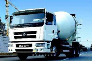 东风柳汽 霸龙406 340马力 6×4 混凝土搅拌运输车