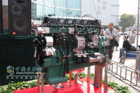 奥威6DM发动机