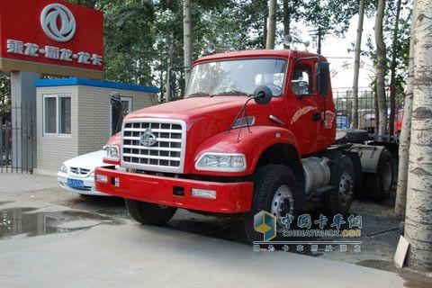东风柳汽 龙卡重卡 290马力 6×4 牵引车 LZ4252JDF