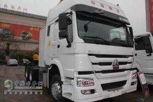 中国重汽 豪沃  4*2 340马力 天然气卡车