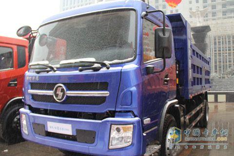轩德6系 LNG自卸车