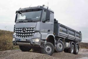 梅赛德斯-奔驰卡车 奔驰Arocs 238马力 8×4自卸车