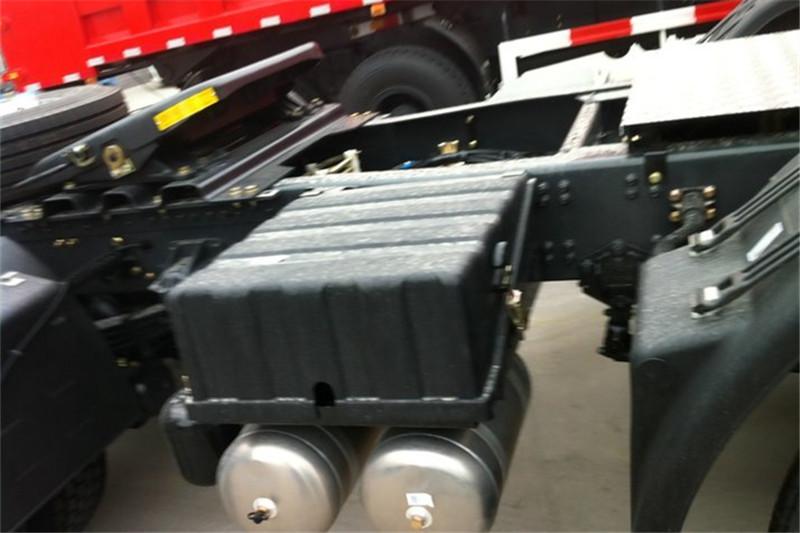 东风商用车 天龙重卡 420马力 6X4 国五牵引车(DFH4250A4)