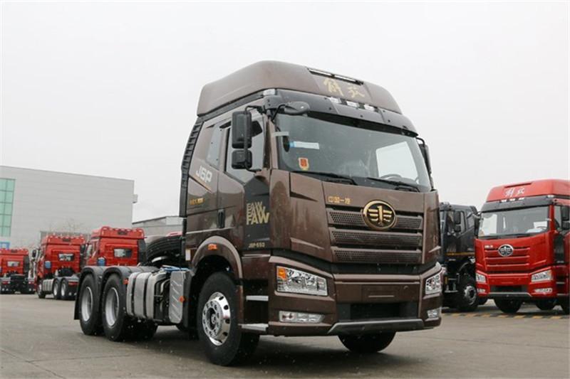 一汽解放 新J6P重卡 领航版 500马力 6X4 国五牵引车(CA4250P66K25T1A1E5)