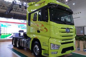 一汽解放 J7重卡 550马力 6×4 国六 智能牵引车