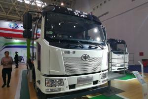 一汽解放 J6L 4×2 160kW 纯电动车厢可卸式垃圾车(ZBH5180ZXXCABEV)