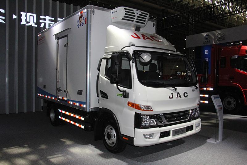江淮 骏铃V6 159马力 4×2 国六 厢式载货车