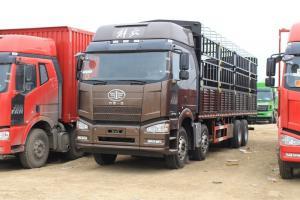 一汽解放 J6P重卡 绿通版 420马力 8X4 9.5米 国五仓栅式载货车(CA5310CCYP66K24L7T4E5)