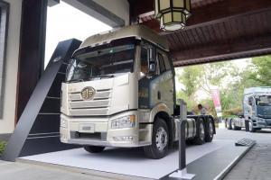 一汽解放 新J6P重卡 领航标载版 新疆款 550马力 6X4 国五牵引车(CA4250P66K25T1A2E5)