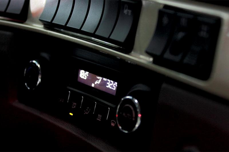 东风柳汽 乘龙H73.0 600马力 6×4 国六 牵引车 (4H7CD60D33E6C)