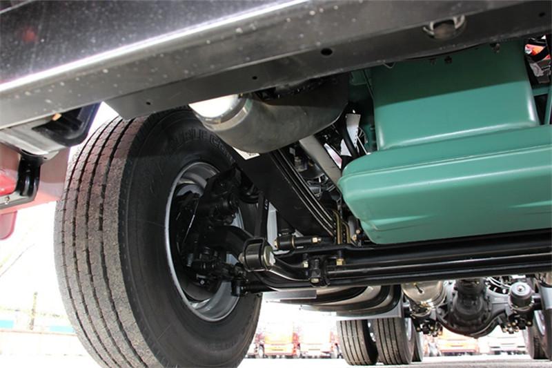 一汽解放 j6p重卡 北方版 420马力 6x2 国四牵引车(ca4250p66k24t3he4