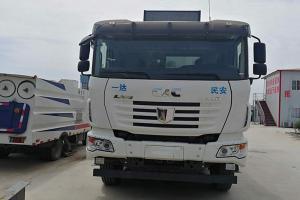 联合卡车U340 340马力 6×4 自卸车