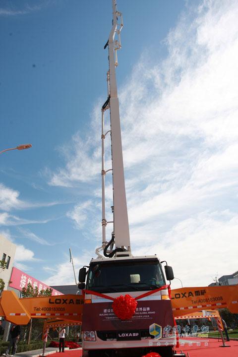 福田雷萨国Ⅳ标准52米泵车