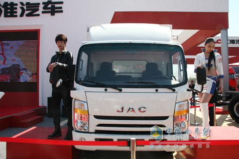 2010北京车展江淮汽车N721轻卡-江淮汽车领跑轻卡高端市场高清图片