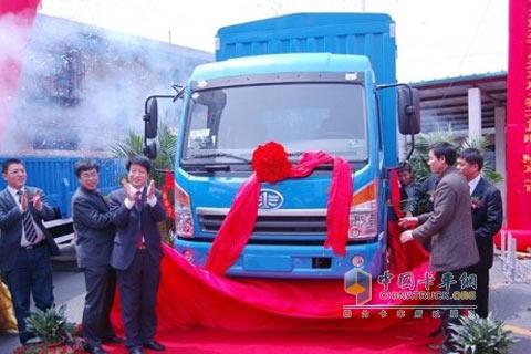 解放赛龙 解放卡车 一汽解放 卡车 中卡