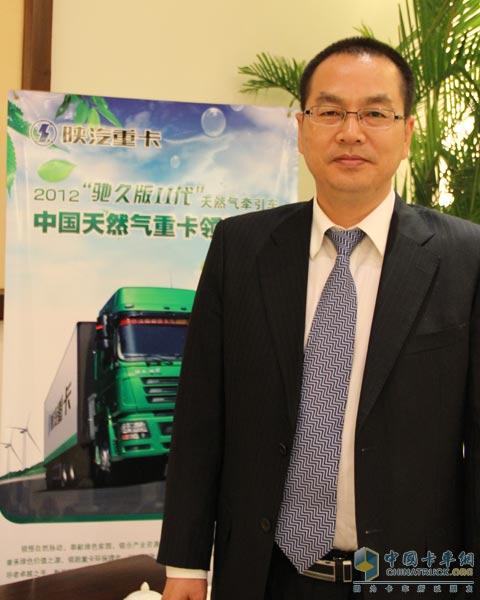 华夏银行总行个人业务部总经理许明